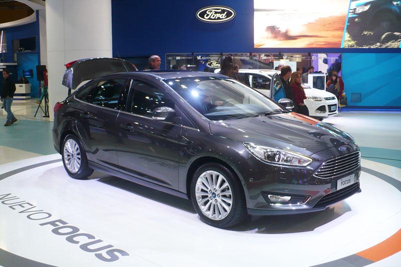 Ford esperaba una resolución para anunciar los precios del rediseño del Focus exhibido en el Salón BA.
