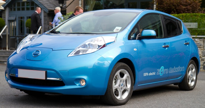 I was invited to take the new all electric Nissan Leaf for a test drive recently. It is an fantastic driving experience. No compromise whatsoever. This is the future of motoring, no question.