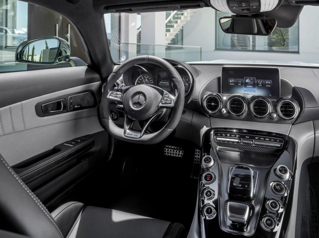 Mercedes-Benz-AMG_GT_2016_1280x960_wallpaper_79