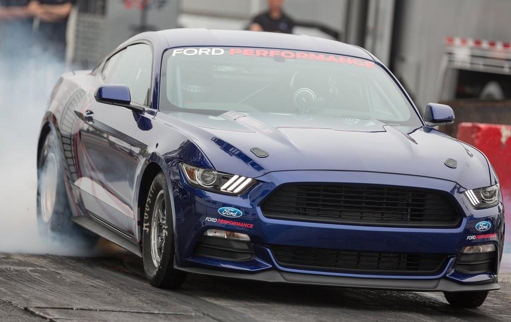Ford-Mustang_Cobra_Jet_2016_1024x768_wallpaper_04