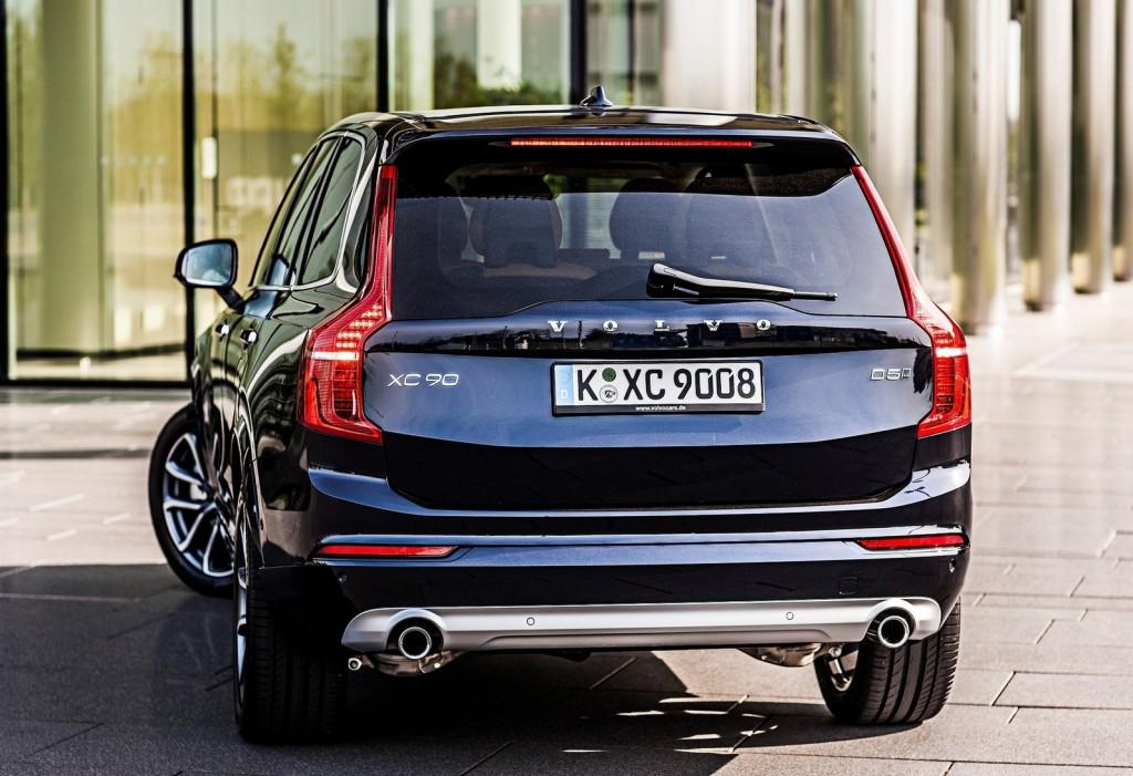 Volvo-XC90_2015_1600x1200_wallpaper_34